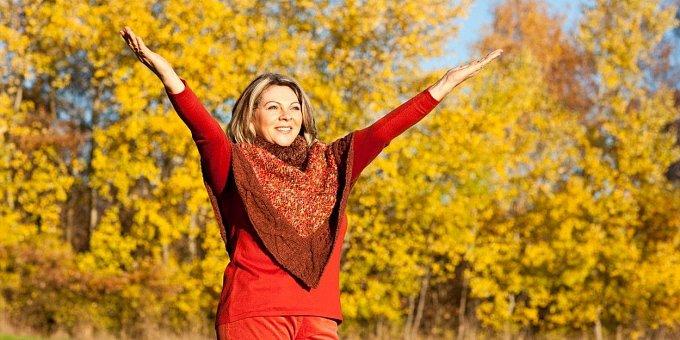 Jsem v přechodu. Co pomůže? Hormony, nebo spíše jóga?