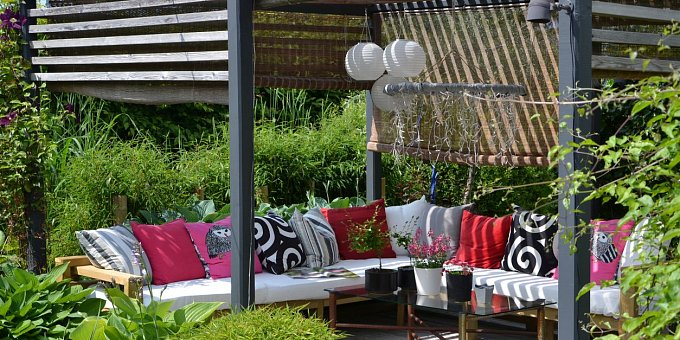 Jak postavit pergolu, aby se stala ozdobou zahrady