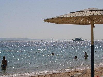 Pláž hotelu Sea Gull (nahrál: Andrea)