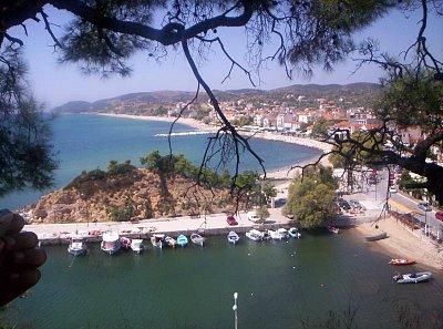 Limenaria - pohľad na pobrežie v Limenárii (nahrál: Jana Šaškovičová)