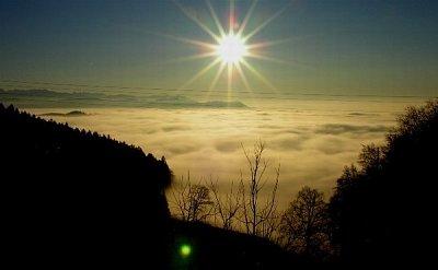 """Pohled od \""""Bantiger\"""" - Bern neni videt, je primo pod kopcem (nahrál: ryba)"""