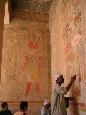 Fresky ve spodní části chrámu královny Hatšepsut (nahrál: admin)