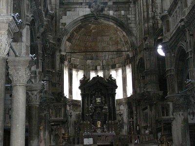 Kostel uvnitř (nahrál: Daniela)