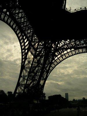 La Tour Eeffel (nahrál: NOi)