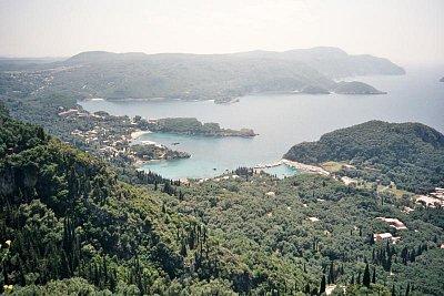 Paleokastritsa - Pohled z vyhlídky Bella Vista (nahrál: Libor)