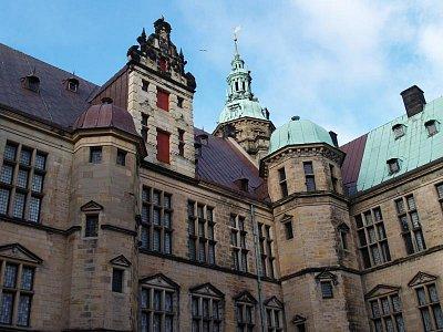 z nádvoří hradu Kronborg (nahrál: admin)
