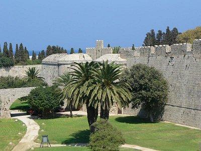 Rhodos staré město - Hradní příkop