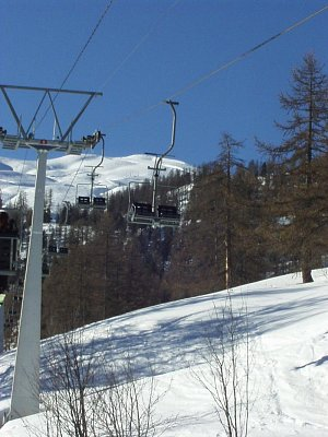 lanovka v Alpách (nahrál: admin)