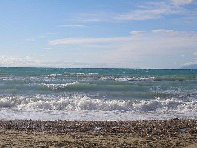 Acharavi-pláž - říjen 2007 (nahrál: Jana Náplavová  )