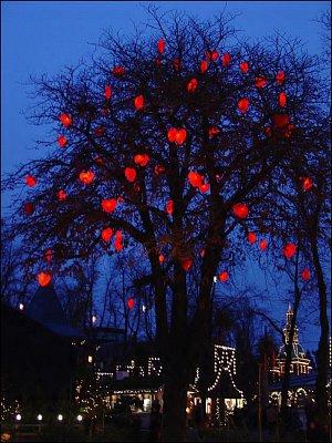 srdíčkový strom (nahrál: Helča2)