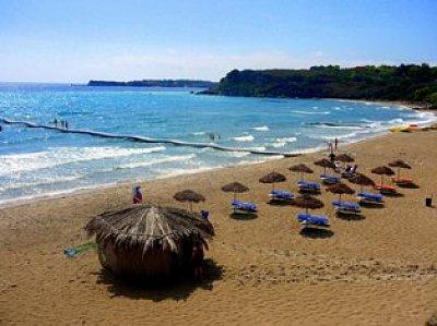 Agios Nicolaos beach (nahrál: Meszaros)