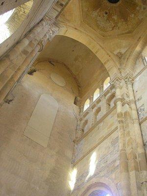 Opatství Cluny - interier zvonice (nahrál: Lucie Tichá)