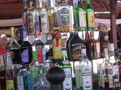 Bar (nahrál: Mira)