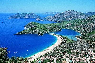 Oludeniz (Modrá laguna) - mini středisko s úžasnou atmosférou...ráj na zemi (nahrál: Danule)