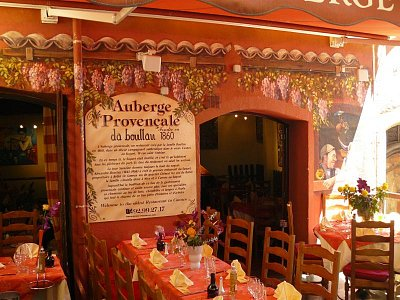 Auberge Provencal - Nejstarší hospůdka ve starém městě (nahrál: Vladimír Dohnal)
