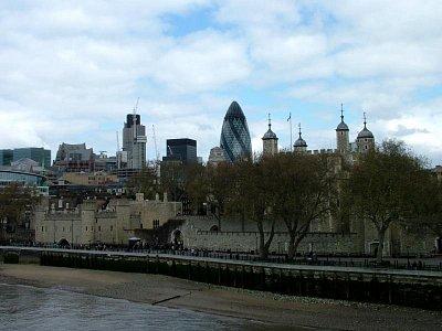Tower s pohledem na City (nahrál: admin)