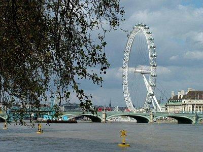 Londýnské oko z dálky (nahrál: admin)