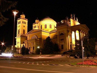 Eger bazilika (nahrál: ADAM MORAVEC)