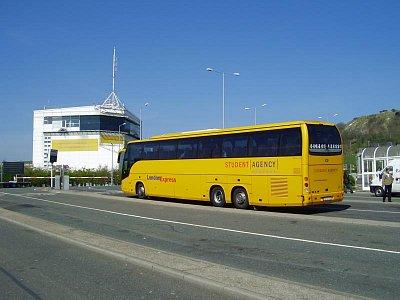 Student Agency Bus - Čekání na přepravu eurotunelem (nahrál: Jechort)
