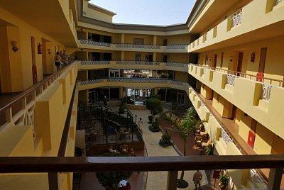 Hotel Sultan Beach (nahrál: emiliana)