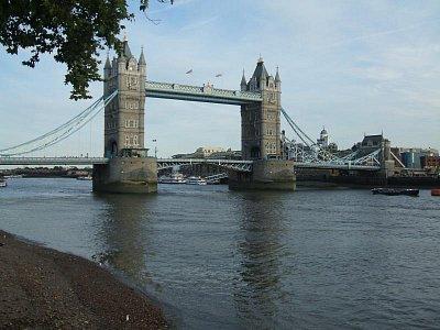 Tower bridge (nahrál: df)