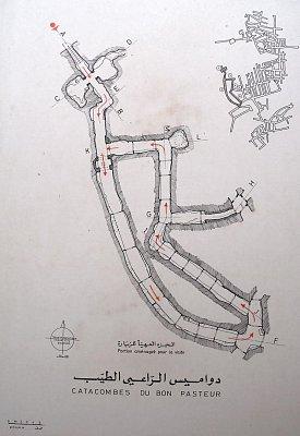 Plán otevřené malé části - Celí komplex měří několik desítek kilometrů a je v něm několik tisíc hrobů (nahrál: Libor)