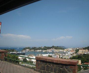 Ischia, Capri