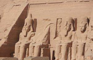 Dvoudenní výlet do Asuanu a Abu Simbel