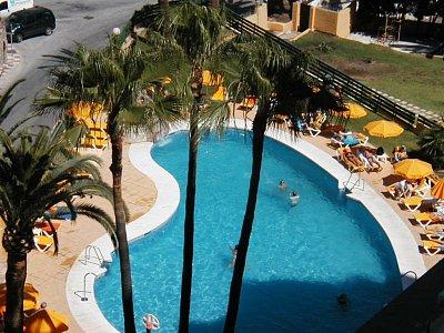 Torreblanca - Bazén u hotelu (nahrál: HelčaS)