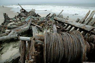 vraky zrezlých lodí dominují Pobřeží koster (nahrál: Martina Svobodova)
