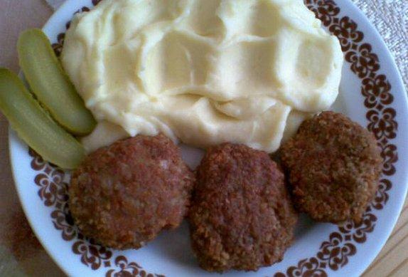 Mletý sýrový řízek s uzeným masem