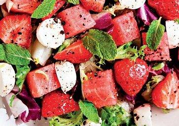 Osvěžující saláty plné chuti