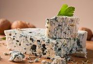 Jednoduchá pomazánka ze sýra s modrou plísní