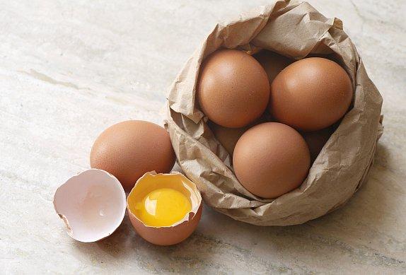 Toasty s vejci a čedarem