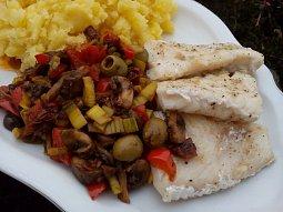 Přírodní rybí filety se zeleninou
