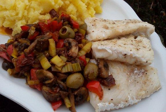Přírodní rybí filety se zeleninou photo-0