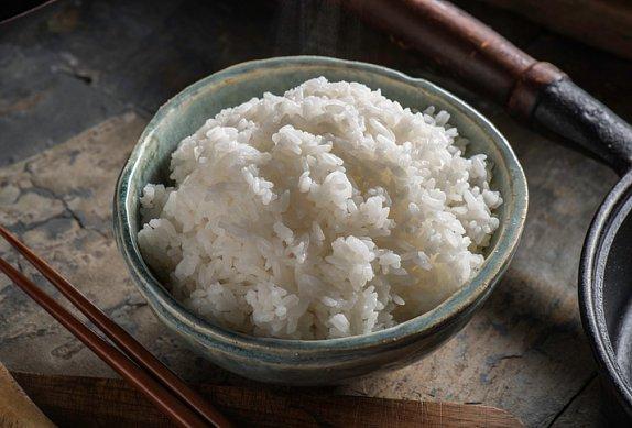 Frittata s rýží, hráškem a žampiony