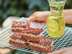 Čokoládové brownies s karamelovou krustou