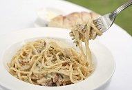Spaghetti alla Carbonara po italsku