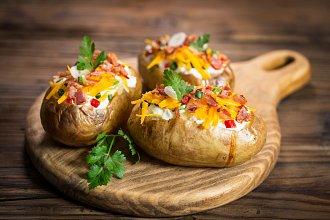 Recept na plňené brambory – postup přípravy, suroviny a více variant receptu