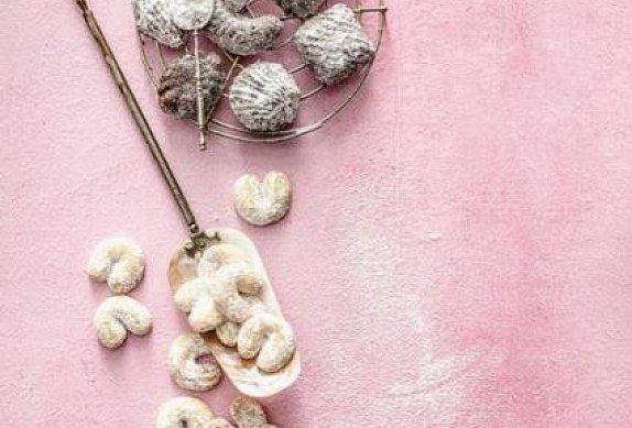 Vánoční vanilkové rohlíčky photo-0