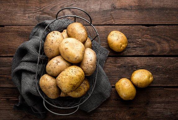 Šťouchané brambory s květákem a slaninou