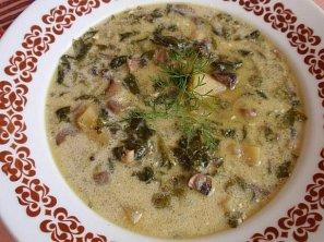 Bramborovo-žampionová polévka se špenátem