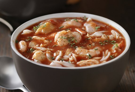 Maďarská rybí polévka