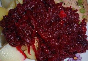 Dušená červená řepa / zelí z řepy