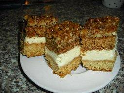 Medové-ořechové řezy