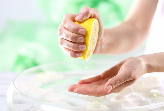 Lehké bylinkové máslo