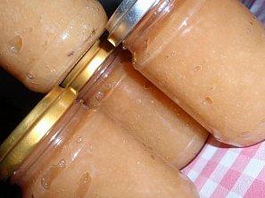 Jablečné nebo hruškové pyré (rozvar) - kořeněný