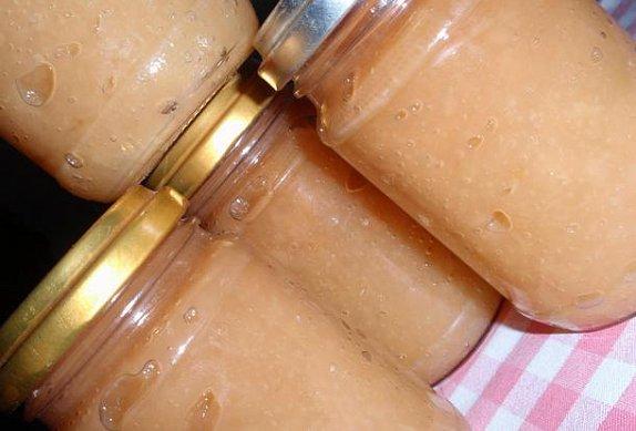 Jablečné nebo hruškové pyré (rozvar) - kořeněný photo-0