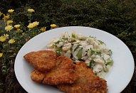 Bramborový rychlý salát s hořčicovým dresingem